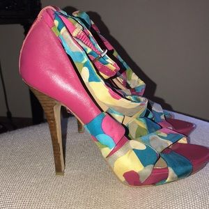 Shoes - Bakers strappy pink heels. Size 7